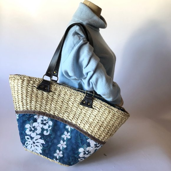 Sun and Sand Handbags - New Straw and Fabric Bag with Zipper Top NWOT